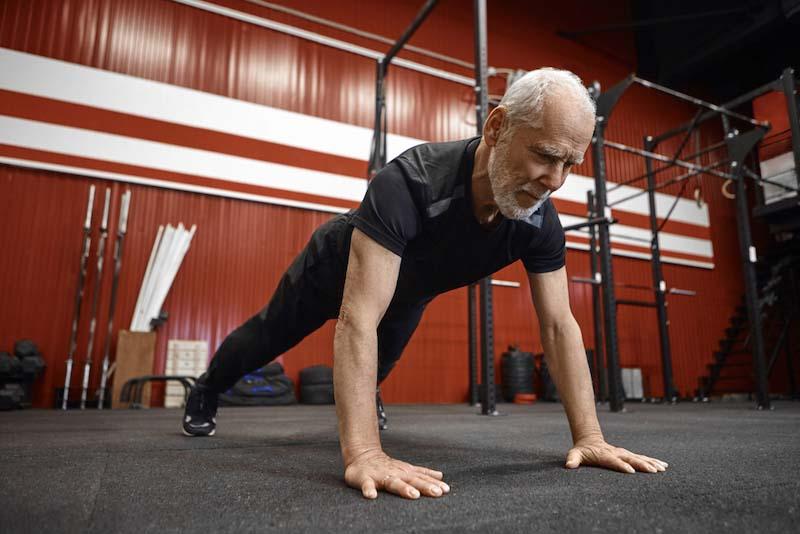60代男性向けの体力作りのコツ