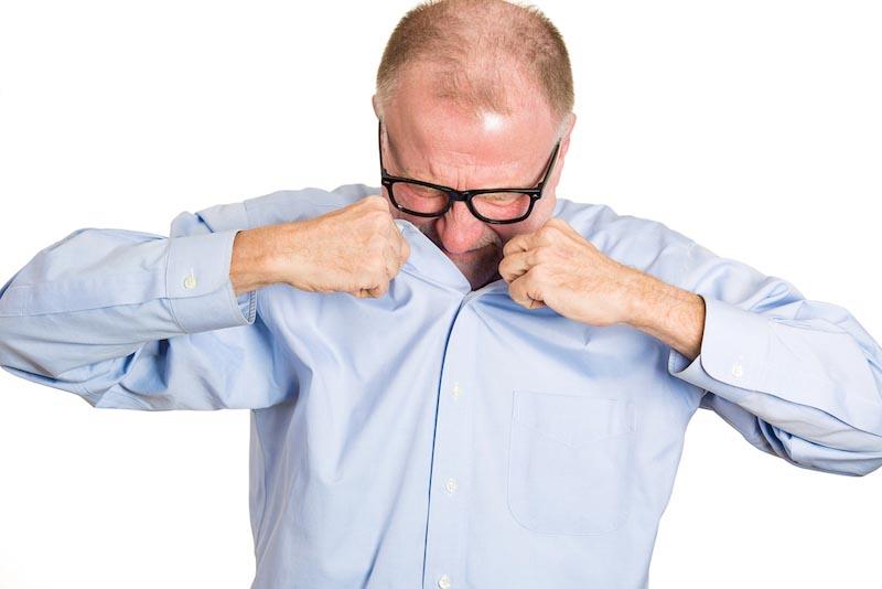 60代向けの加齢臭のセルフチェック方法